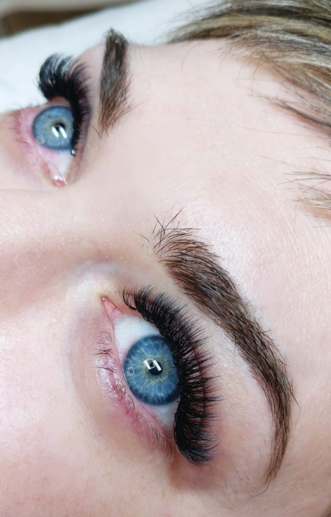 Illusion-beauty-gene-false